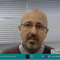 O responsável pelo setor de Captação de Doadores do Banco de Sangue de SJC, Paulo Pontes, dá entrevista à Rede Alesp, da Assembleia Legislativa de SP